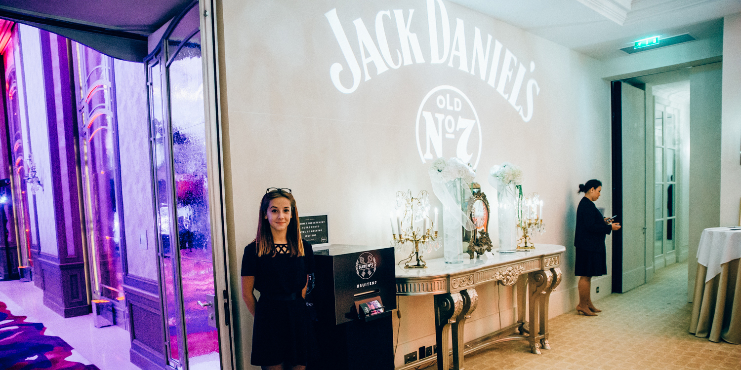 tag-and-print-animation-photo-machine-instagram-borne-photo-instagram-jack-daniels-party-evenement-paris-hotel-plaza-athene-2