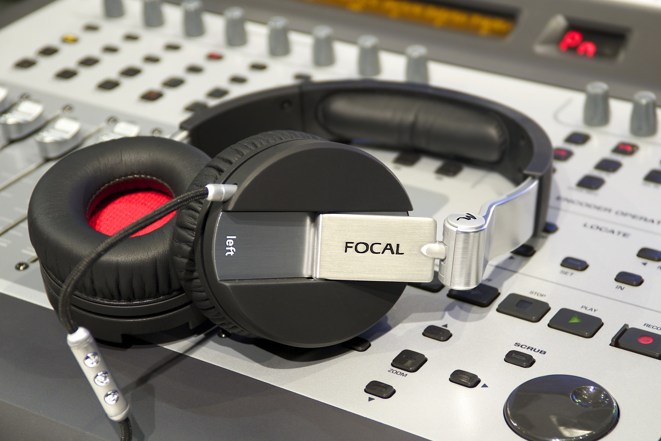 casque-focal-rouge